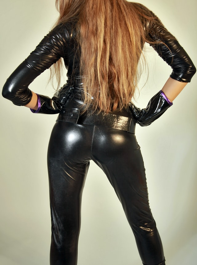 How to wear PVC - Woman in sexy pvc catsuit